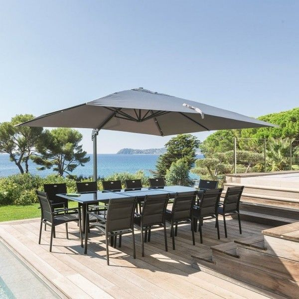 Private parasols